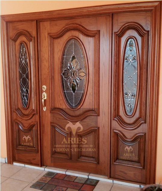 Puertas principales de madera fabrica de puertas auto for Fabrica puertas madera